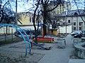 У двары дома 30 па вул. Савецкай - panoramio.jpg