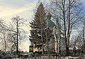 Церковь Иоанна Богослова. Вид через кладбище.jpg