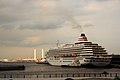 大桟橋国際客船ターミナル, Ohsanbashi Pier - panoramio.jpg