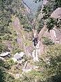 木栈道上拍铜铃山悬壶奇观全景 - panoramio.jpg
