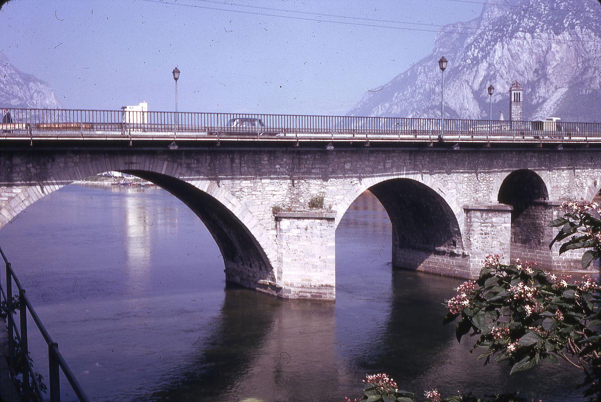 Ponte azzone visconti wikidata for Piani di fondazione del ponte