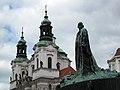 045 Staroměstské Náměstí, monument a Jan Hus i Sant Nicolau.jpg