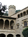 048 Castell de Santa Florentina (Canet de Mar), pati d'armes, angle sud-oest.JPG