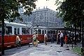 056R08270679 Opernring, Haltestelle Babenbergerstrasse, Linie B Typ E1 4489.jpg