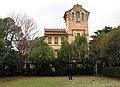 100 Casa Barbey, façana est i pista de tennis (la Garriga).JPG