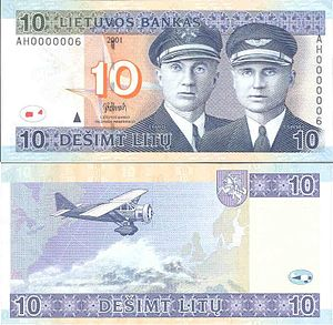 "Bellanca CH-300 Pacemaker - Bellanca CH-300, ""Lituanica"", on the reverse of 10 litas banknote"