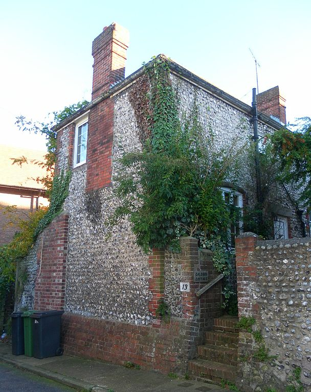 File:13 And 13a Bakers Road, Old Town, Eastbourne (NHLE