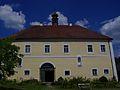 14.07.16 Hauzendorf Schloss.JPG