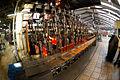 18. Las vidrieras fabrican botellas a partir del vidrio reciclado y convertido en calcín.jpg