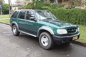 1999 Ford Explorer (UQ) XL 5-door wagon (23097179681).jpg
