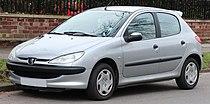 2002 Peugeot 206 LX 1.4 Front.jpg