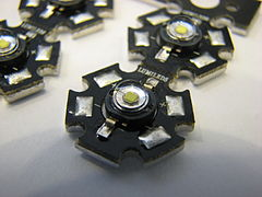 2007-07-24 High-power light emitting diodes (Luxeon, Lumiled).jpg