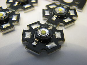Heat sink - High power LEDs from Philips Lumileds Lighting Company mounted on 21 mm star shaped aluminium-core PCBs
