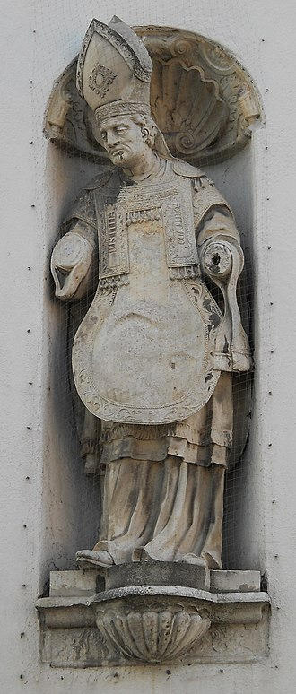 Willibald - Image: 2010 Willibald Handschuher Figur Spitalkirche Eichstätt