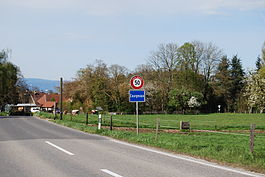 The village entry of Courgevaux