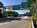 2018-07-19 08 43 40 View south along New Jersey State Route 17 at the exit for Sheridan Avenue (Waldwick, Ho-Ho-Kus) in Waldwick, Bergen County, New Jersey.jpg