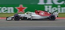 Leclerc a bordo della C37 nelle prove libere del Gran Premio di Cina 2018.