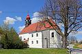 2 Sommerlinden bei der Pfarrkirche von Buchbach 02 2014-04 NÖ-Naturdenkmal WT-043.jpg