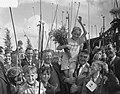 300 kinderen uit Jordaan gaan vissen aan het Noord-Hollands Kanaal De winnaar w, Bestanddeelnr 905-2589.jpg