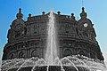 535A4314 Fontana di Piazza De Ferrari e Palazzo della Borsa.jpg