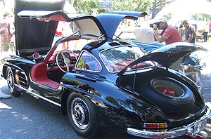Mercedes-Benz 300 SL - 1956 Gullwing open