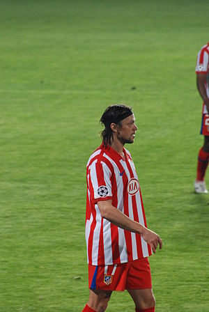 Tomáš Ujfaluši - Ujfaluši playing for Atlético Madrid in 2009.