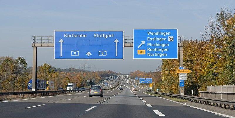 File:A 8 Ausfahrt Wendlingen (2009).jpg