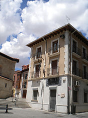 A building in Aranda de Duero in Spain.jpeg