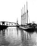 Aberdeen harbor (CURTIS 986).jpeg