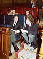 Adolfo Suárez conversa con el ministro de Relaciones con la CEE. Pool Moncloa. 1 de octubre de 1980.jpg