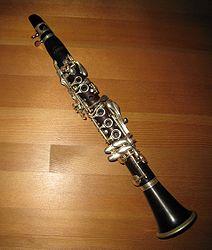 เกี่ยวกับ Clarinet 212px-Aflat_clarinet_001