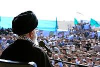 Ali Khamenei in Rahian-e Noor015.jpg