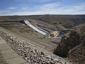 Alicurá Dam - Image: Alicura 231