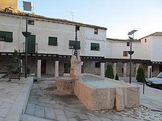 Almonacid de Zorita - Image: Almonacid Plaza de José Antonio 03