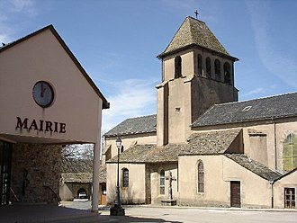 Alrance - The town hall and church in Alrance