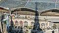Alter Wartesaal im Kölner Hauptbahnhof, darüber Gleis 1-7746.jpg