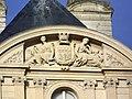Amiens - detail facade hotel de ville.jpg