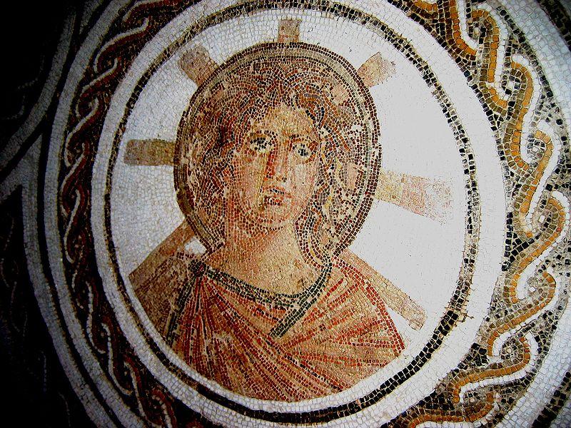 El dios Apolo, con un nimbo radiante, en un mosaico romano de finales del siglo II, El Djem (Túnez).