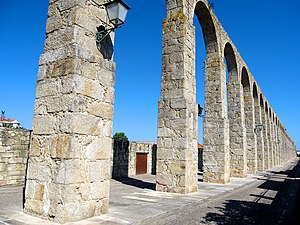 Santa Clara Aqueduct - Part of the pillars of the 999 arches
