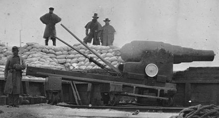 8-inch Armstrong gun during American Civil War, Fort Fisher, 1865. ArmstrongRifle.jpg