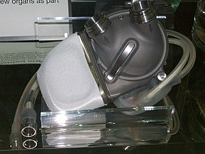 Artificial heart - An artificial heart displayed at the London Science Museum