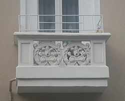 Balkon wiktionary for Balcony synonym