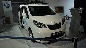 Nissan NV200 - Ashok Leyland STiLE
