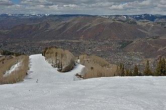 Aspen Mountain (ski area) - Image: Aspen Mountain spring skiing 2015