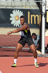 Athletissima 2012 - Lawrence Okoye (2).jpg