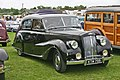 Austin A135 Princess MkII DS3 front.jpg