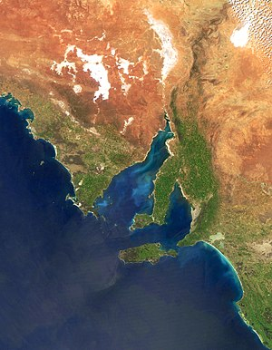 Yorke Peninsula - Yorke Peninsula is the central, boot-shaped peninsula above the island and between the two inlets