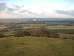 Part of Aylesbury Vale taken from the top of Coombe Hill, looking towards ایلزبری