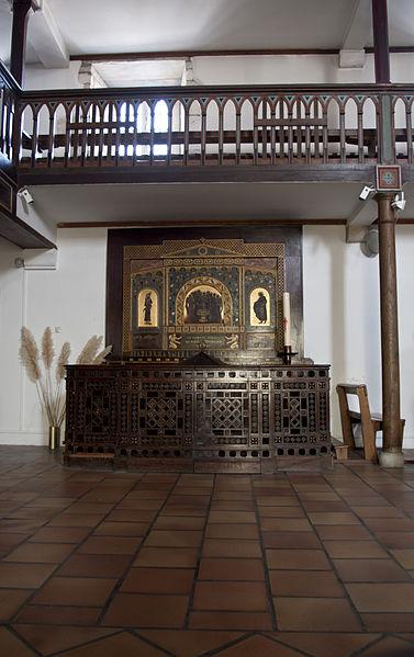 L'église Notre-Dame-de-l'Assomption est un lieu de culte catholique situé dans la commune de Bidart, dans le département français des Pyrénées-Atlantiques; fonts baptismaux.