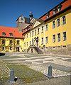 Ballenstedt - Schloss mit Vorplatz.jpg